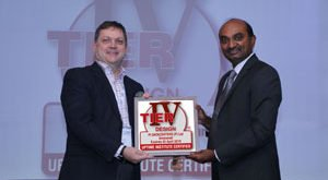Mr-Kalyan-Muppaneni-(Right)-Founder--CEO-Pi-DATACENTERS--receiving-Uptime-Institute-Tier-IV-Certificate-from-John-Duffin-(Left)-Managing-Director-South-Asia-Uptime-Ins