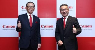 Mr. Hideki Ozawa, President & CEO, Canon Asia Marketing Group and Mr. Kazutada Kobayashi, President & CEO, Canon India