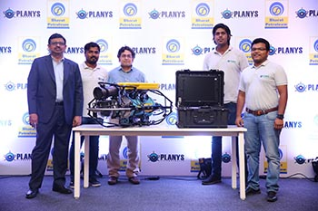 The Planys Core Team with MIKROS