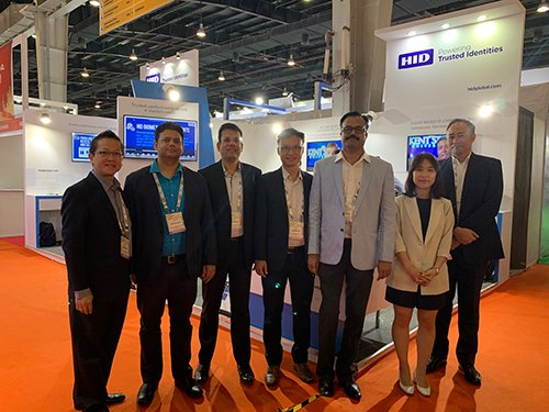 HID-Global-team-at-Smart-Card-Expo-2019